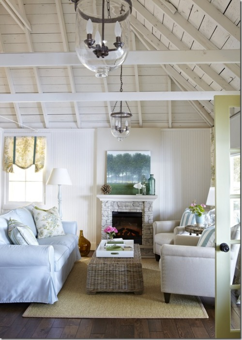 Design by Samantha Pynn and Joel Bray for HGTV's Summer Home, Photography by Virginia MacDonald, via Decor Happy
