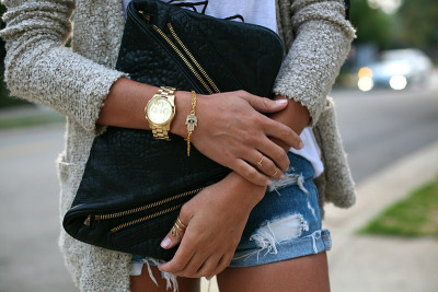 Love the gold watch and clutch