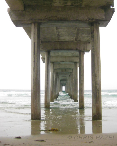 La Jolla Pier in San Diego on a cloudy day.