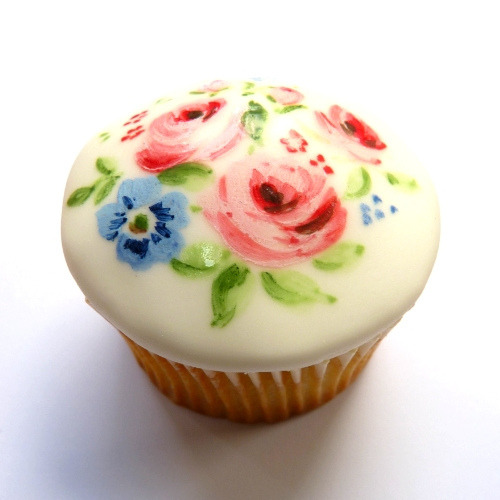 (via Cupcake Artists: Mother's Day Cupcake)