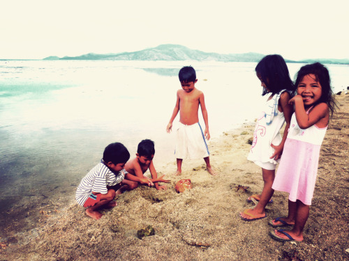 wanderstruck:  Taken in Sabang, Morong, Bataan, Philippines during my final days as a Peace Corps Volunteer.