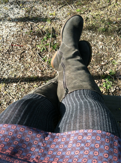 As beautiful as it is, it's still cool enough to wear tights and boots. Ahhhh, Ohio.