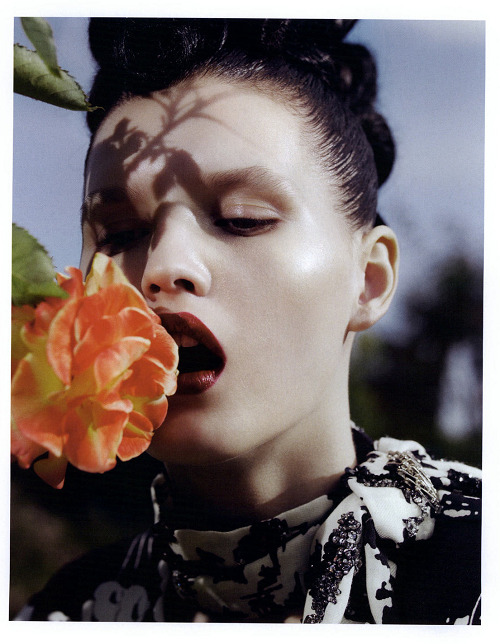 "Katlin Aas in ""La Roseraie"" by Sofia Sanchez & Mauro Mongiello for Numero"