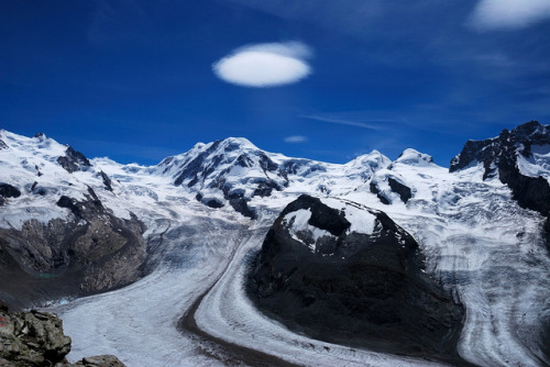 Glacier in the Monte Rosa Region with Lenti Cularis Cloud by Werner_B on Flickr.