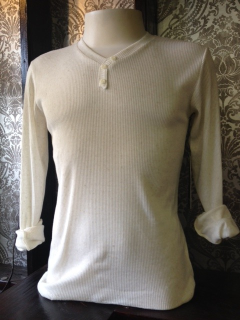Pick up your perfectly fitted cream linen long-sleeve thermal for a spring day in SF. Light enough for sun, but still warm enough for those often-times chilly winds. Designed and made locally in Cali. Available at the new 5th Stitch Collective (formerly Indie Industries) in the Castro for $32.