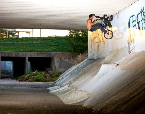 Az wallride to fakie at the Wurzbach Ditch a.k.a James Jam Ditch in San Antonio