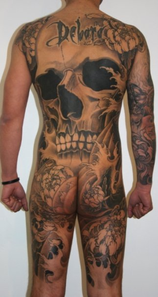visualamor:  Joao Bosco  Holy tatts!