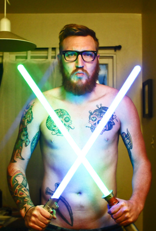lifeslittle:  topless tuesday star wars sour face edition.