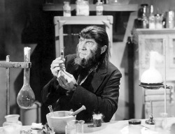monstercrazy:  Bela Lugosi, The Ape Man (1943) El Desvan del Abuelito