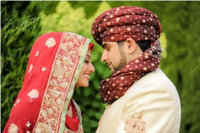 everythingshaadi:  More beautiful hijabi brides! How I commend their devotion to God!  <3 much love.