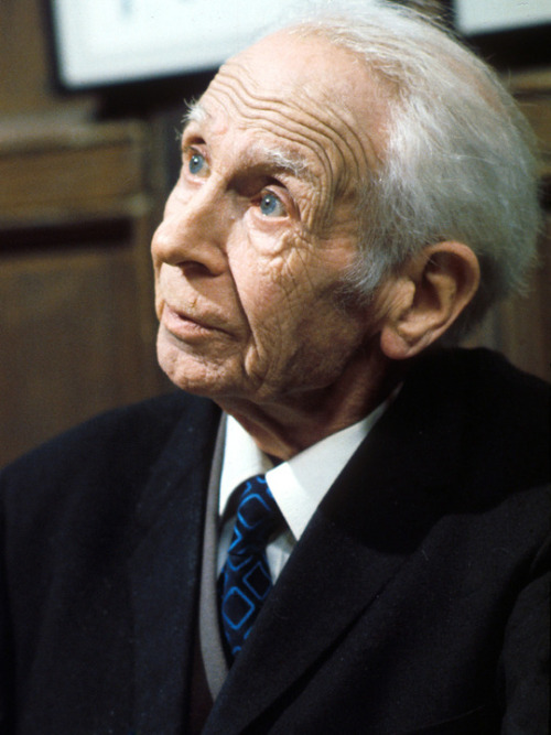 driveintheaterofthemind:   Are You Being Served (1972–1985) Young Mr. Grace (Harold Bennett)   You've all done very well!