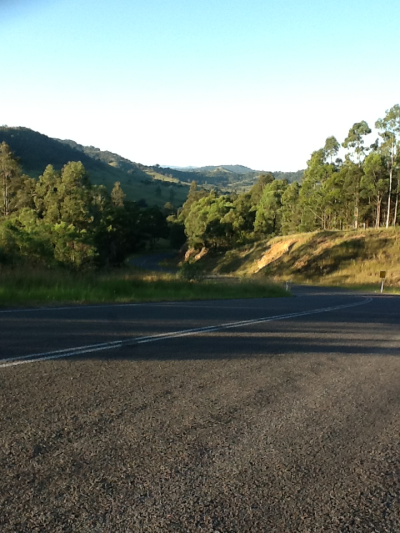 Between   Dungog & Singleton  What a fabulous road !  Quelle route fabuleuse !