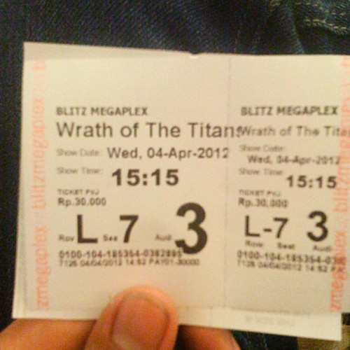 Warth of titans #film #blitz #pvj #bandung #photooftheday #instago #instamood #ingers #instagram #iphonesia (Taken with instagram)