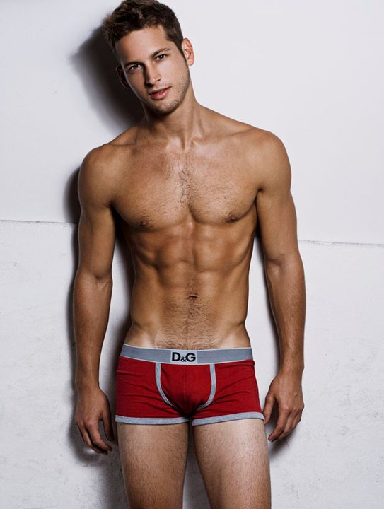 Something about red underwear and tan guys just gets to me :)