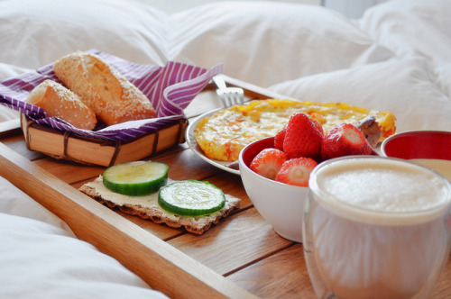 clottedcreamscone:  breakfast is love by plyuwa on Flickr.