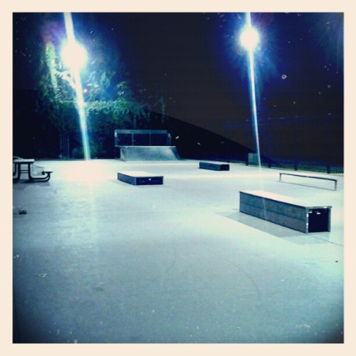 norwalk skatepark #instagramforandroid #night #skatelife #skateboarding #ca #norwalk #skatepark (Taken with instagram)