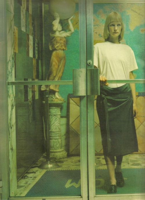 Suburban Outfitters, Kirsten Owen by Mario Sorrenti for W magazine,July 1998