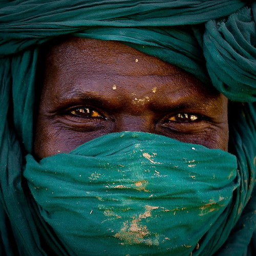 Portrait of a Tuareg mud-brick layer by Sebastien Lenelle on Flickr.Via Flickr: Credit: Sebastien Lénelle