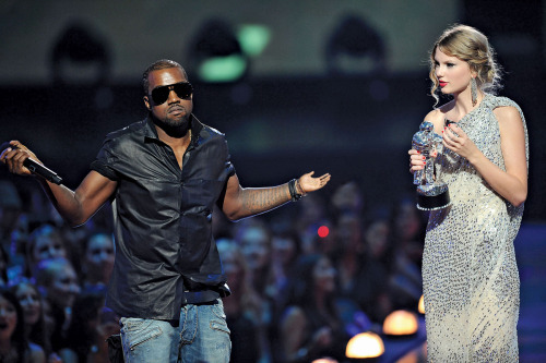 g0dvato:  cr3wl0ve:  fefdajkdfkjwelewkh LMFAO  my blog is complete.   *kanye shrug*