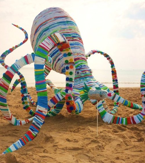 20,000 Bags Under the Sea #upcycled sculpture by Funkydory.