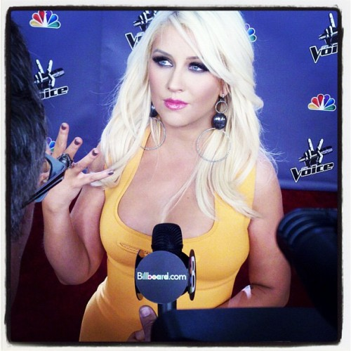 We caught Christina Aguilera on the red carpet for The Voice last night. Read more…