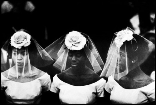 Bridesmaids at a wedding in Harlem, NYC, 1962. Photography by Bruce Davidson.