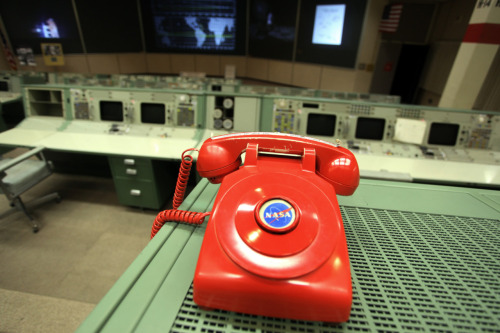 Hotline phone in Apollo historical control room at Johnson Space Center. Photo: me.