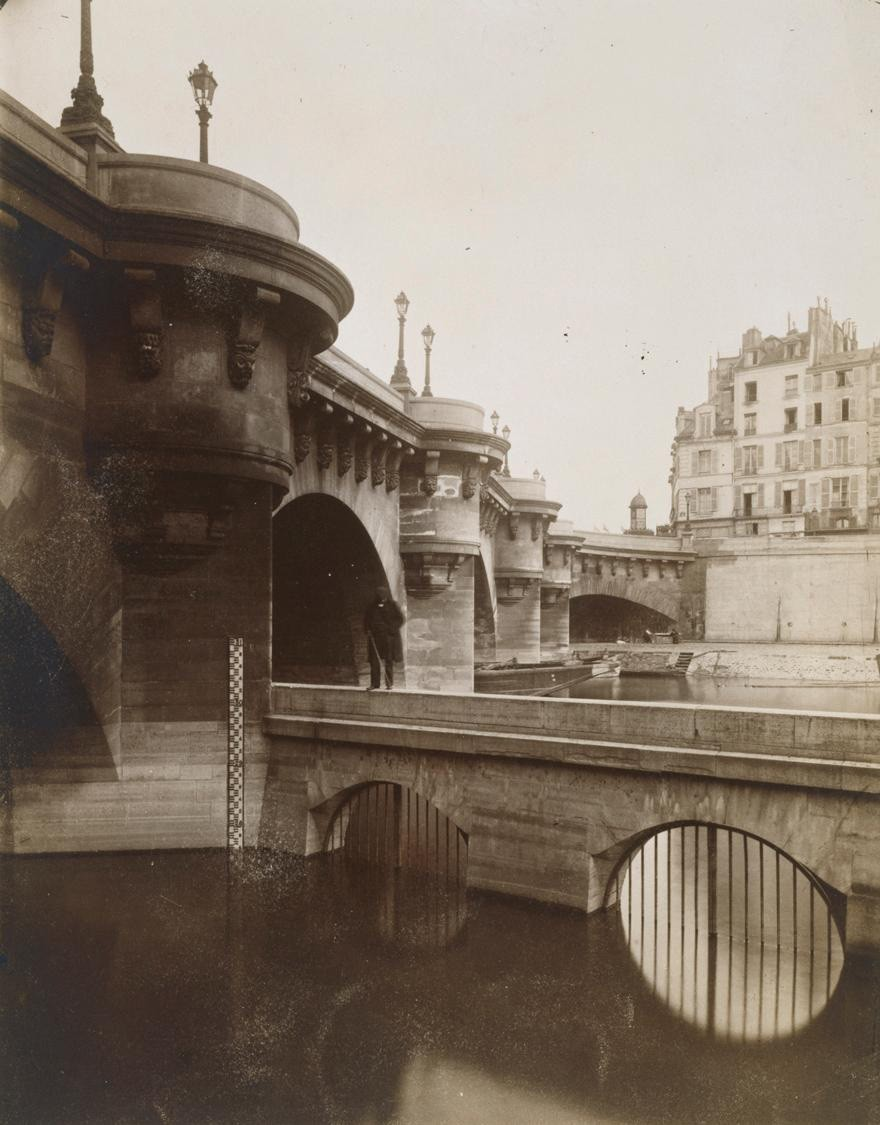 Eugene Atget, Pont Neuf, 1902-3 The current issue of Aperture has a cleaned-up version of this image, but this is the only scan I can find online at a decent size.