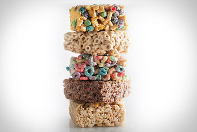 The Treats- Cinnamon Toast Crunchies, Lucky Charmies, Fruit Loopies, Rice Kripsies, Cocoa Krispies, Fruity Pebblies, Honey Nut Cheeries, Cap'n Crunchies. From Hot Blondies Bakery