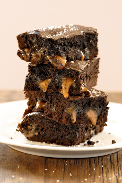(via Gluten-Free Ratio Rally: Salted Caramel Brownies)