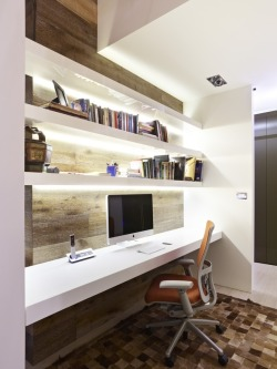 homedesigning:  Funky Workspaces with Artistic Flair