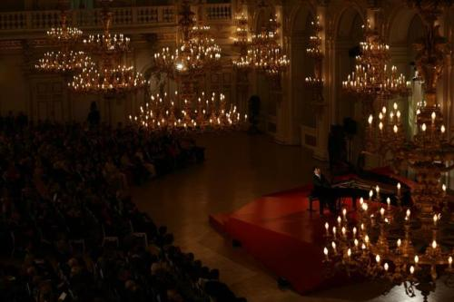 Lang Lang performing at the Spanish Hall in Prague Castle