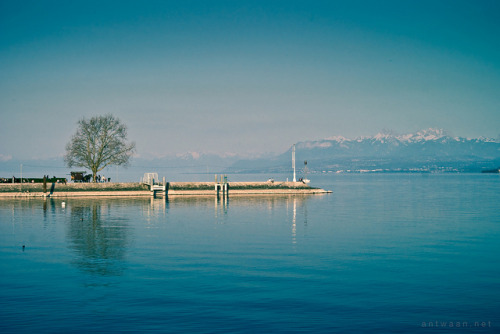 Nyon by Antwaanmusic on Flickr.