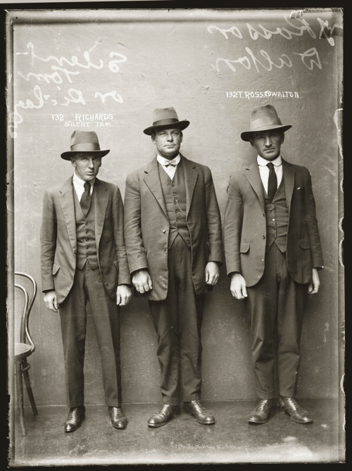 artcomesfirst:  enterase:  They don't make mugshots like this anymore. #Gangster Mugshot from 1920s Australia.  Menswear & Mugshots from the 1920s