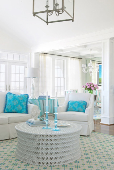 agirlandherpearls:  A Little Turquoise on a Tuesday-love the table!!   CBB Interiors via House of Turquoise