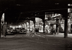Under the El, Chicago. 1940. John Vachon