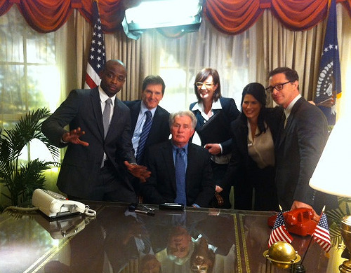 thefinestmuffinsandbagels:  West Wing reunion w/ Martin Sheen, Allison Janney, @DuleHill, Melissa Fitzgerald, William Duffy & @JoshMalina! (x)  Awesomeness.