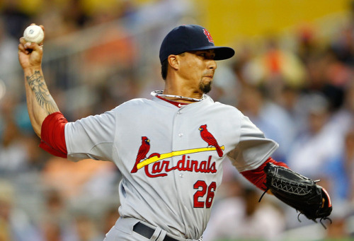 stl-cardinals:  lohse was a monster tonight. so proud of my boy!  Welcome back, boys!  The lovely thing about winning the World Series is that it makes the off-season sooo much shorter.