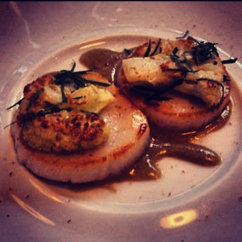 Sea Scallops, Caramelized Cauliflower, Caper-Raisen Emulsion (Taken with Instagram at Jean Georges)