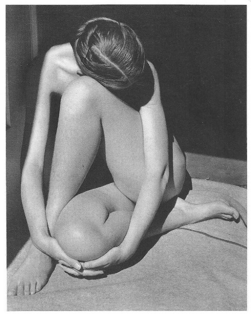 cynicloth:  Nude 1936 by cheryldecarteret on Flickr.