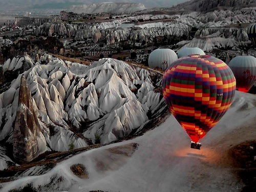 magicalnaturetour:  Balloons by VictorKats :)