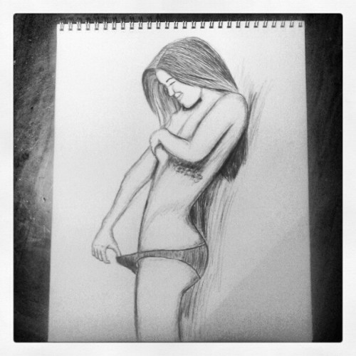 nich0li:  Ball point pen on paper (Taken with instagram)