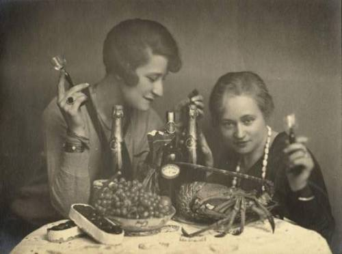Ergy Landau (1896-1967?) (left) and Nora Dumas (1890-1979) (right)