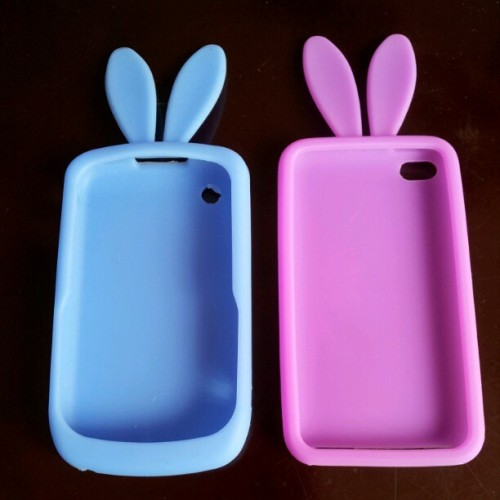 A blackberry and ipod bunny casing for my niece. #bunny #rabbit #casing #casings #cute #blue #purple #blackberry #ipod