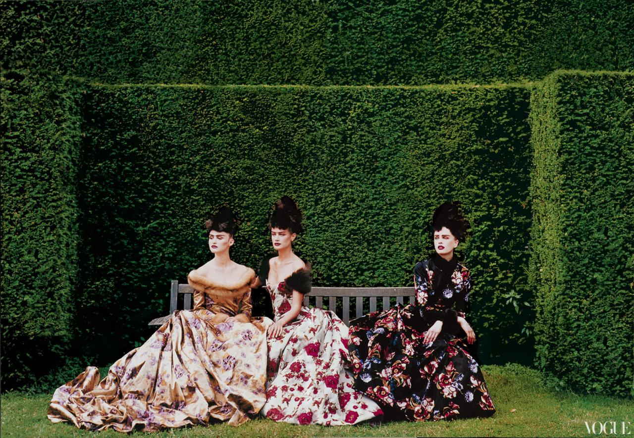 vogue:  NOSTALGIA: Oscar de la Renta's Collection for Balmain Photographed by Peter Lindbergh for the October 1997 Issue of Vogue