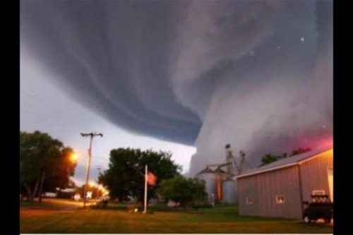 "Crazy pic of this week's tornado in Forney (outside of Dallas). Sent to me by my TX dad with caption ""Share this with your California friends. We grow 'em big in TX"""