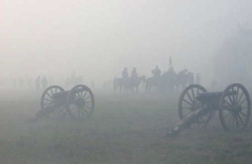 A ghostly mist covers the battlefield… Shiloh reenactment 2012