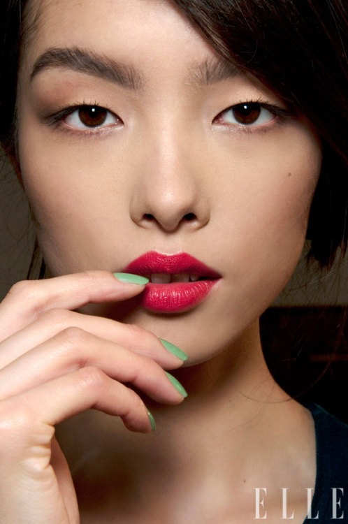 elle:  Beauty Genius We've tracked down the hottest makeup counter pros around the country, from the lipstick PhD to the cat-eye specialist. Photo: Imaxtree