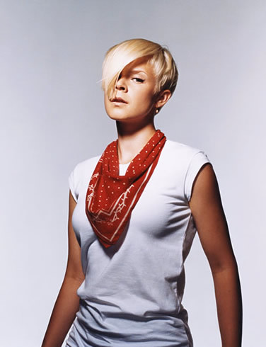 eldorean:  Robyn is both hairspiration and lifespiration.  Grahhhhh…I neeeed her.  Lol.