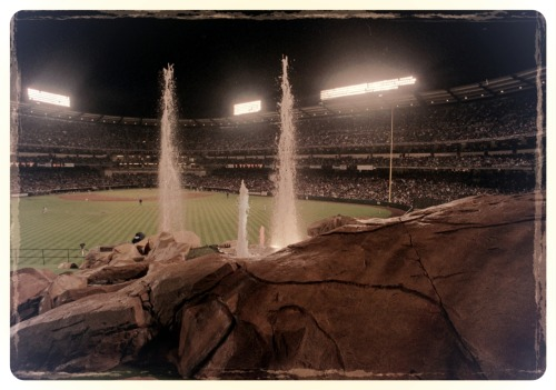 Flashback: A view of the rock fountain from 1998
